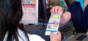 выдача листовок с кассирами на АЗС