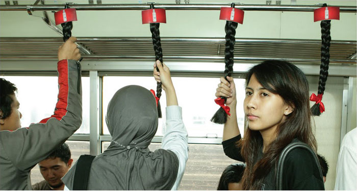 bus-hair-handles